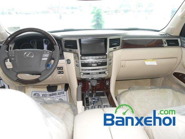 Bán ô tô Lexus LX 570 đời 2014, xe sử dụng nhiên liệu xăng-8