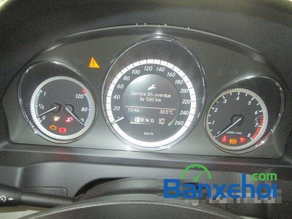 Salon Thịnh Lợi bán xe Mercedes-Benz C250 cũ màu bạc,  đã đi 46000 km, giá 950Tr-8