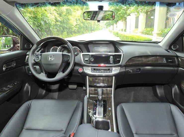 Nội thất Honda Accord sang trọng, hiện đại,
