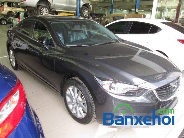 Salon  bán xe Mazda 6 năm 2015, màu đen-0