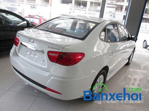 Hyundai Lê Văn Lương cần bán Hyundai Avante mới màu trắng, giá 523Tr-3