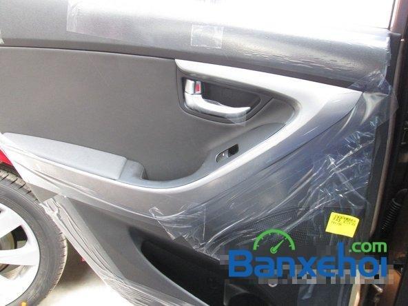Bán ô tô Hyundai Elantra đời 2015, màu nâu, giá 739 triệu-13