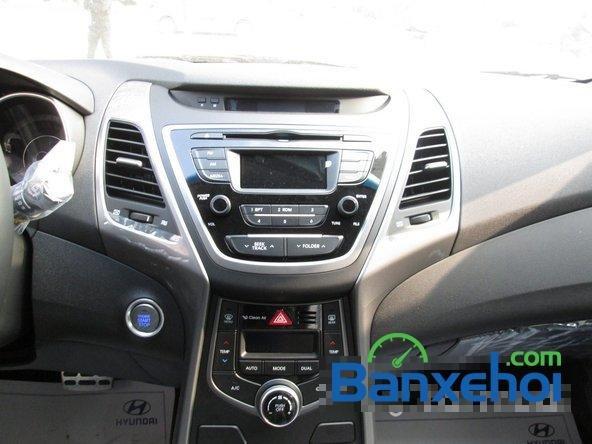 Bán ô tô Hyundai Elantra đời 2015, màu nâu, giá 739 triệu-11
