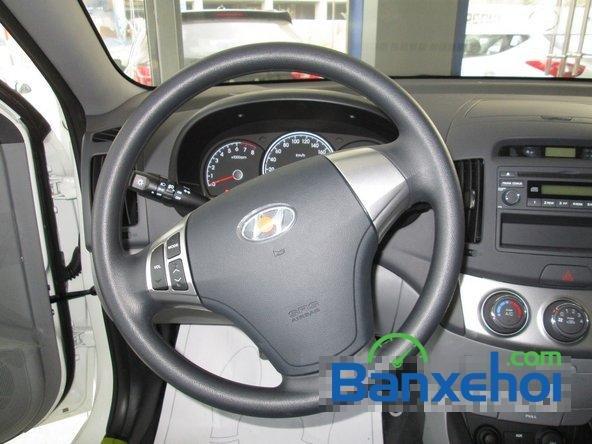 Hyundai Lê Văn Lương cần bán Hyundai Avante mới màu trắng, giá 523Tr-9