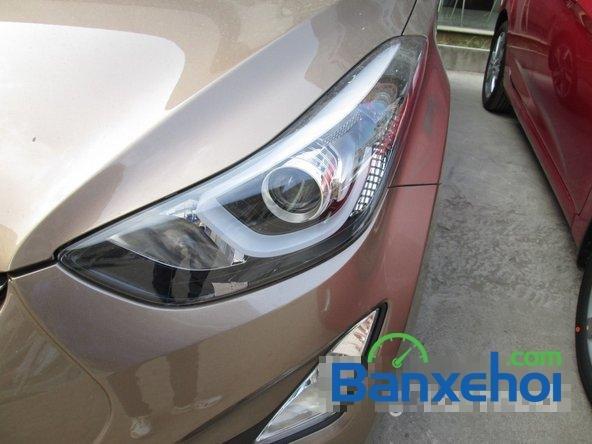 Bán ô tô Hyundai Elantra đời 2015, màu nâu, giá 739 triệu-2