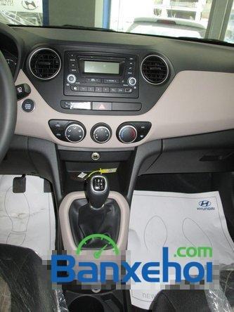 Bán xe Hyundai i10 đời 2015,  xe đang có sẵn, giao xe ngay-11