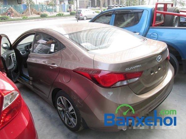 Bán ô tô Hyundai Elantra đời 2015, màu nâu, giá 739 triệu-3