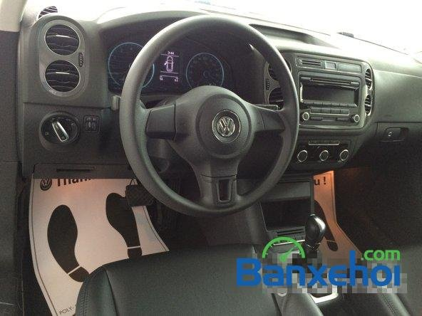Cần bán xe Volkswagen Tiguan đời 2015, màu trắng giá 1,25 tỉ-5