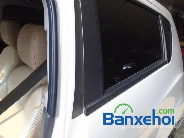 Bán Chevrolet Spark Ltz đời 2013, màu trắng đã đi 7000 km xe đang có sẵn, giao xe ngay-17
