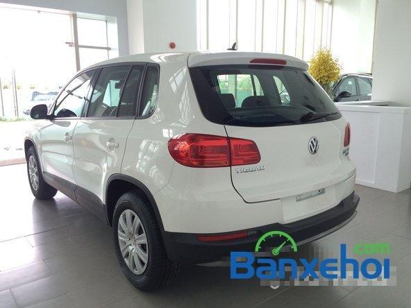 Cần bán xe Volkswagen Tiguan đời 2015, màu trắng giá 1,25 tỉ-3
