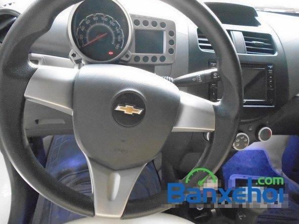 Bán Chevrolet Spark Ltz đời 2013, màu trắng đã đi 7000 km xe đang có sẵn, giao xe ngay-12