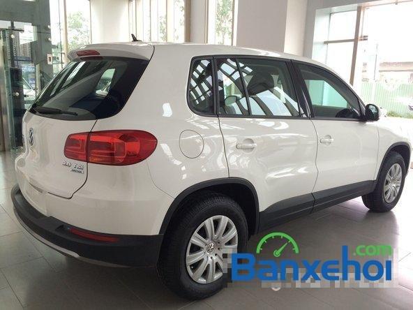 Cần bán xe Volkswagen Tiguan đời 2015, màu trắng giá 1,25 tỉ-6
