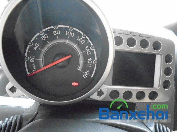 Bán Chevrolet Spark Ltz đời 2013, màu trắng đã đi 7000 km xe đang có sẵn, giao xe ngay-13