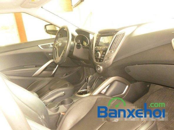 Hyundai Veloster 1.6AT, xe cũ 2011-2