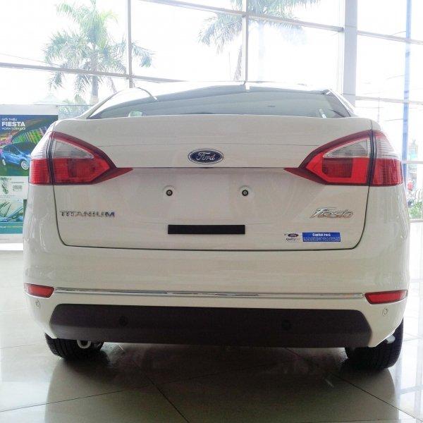 Bán xe Ford Fiesta sedan 2014 mới tại Đà Nẵng giá 579 Triệu-5