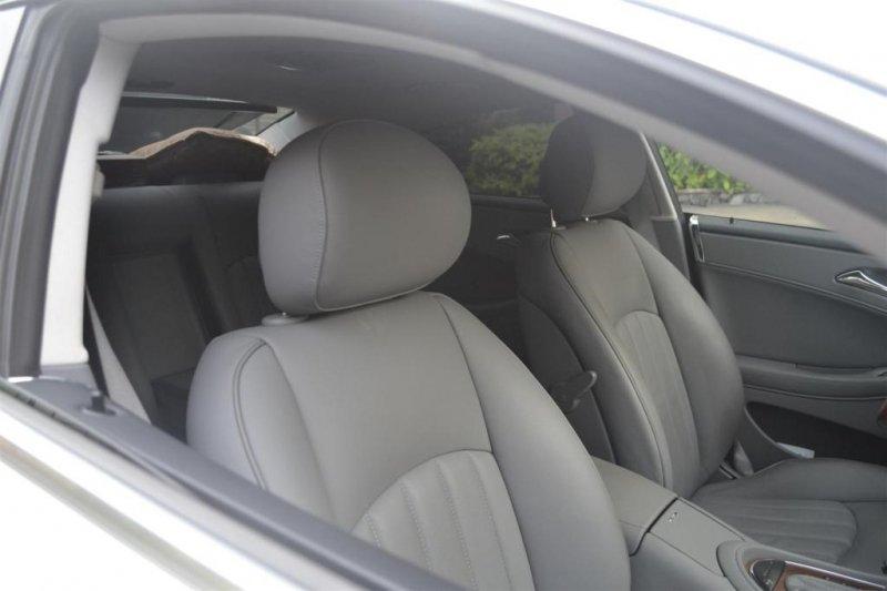 Bán xe Mercedes Benz CLS class CLS 300 2010 cũ tại TP HCM giá 1 Tỷ 800 Triệu-9