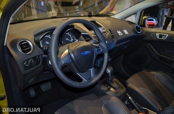 Bán xe Ford Fiesta B 2015 mới tại Hà Nội giá 540 Triệu-4