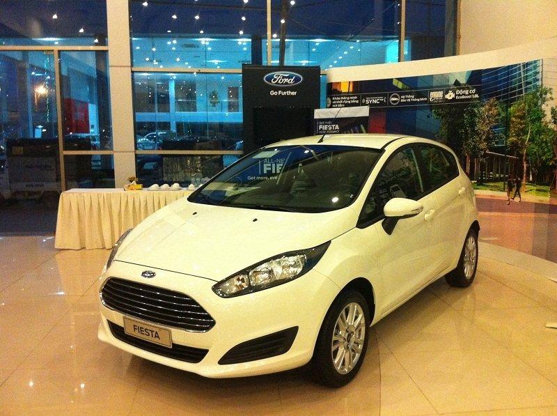Bán xe Ford Fiesta B 2015 mới tại Hà Nội giá 540 Triệu-14
