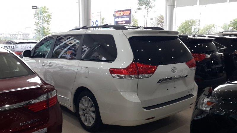 Bán xe Toyota Sienna 3.5Limited 2014 mới tại Hà Nội giá 0 Triệu-3