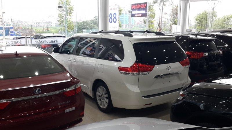 Bán xe Toyota Sienna 3.5Limited 2014 mới tại Hà Nội giá 0 Triệu-4