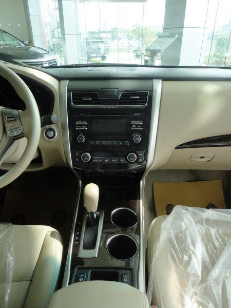 Bán xe Nissan Teana 2.5SL 2013 mới tại Hà Nội giá 1 Tỷ 350 Triệu-10