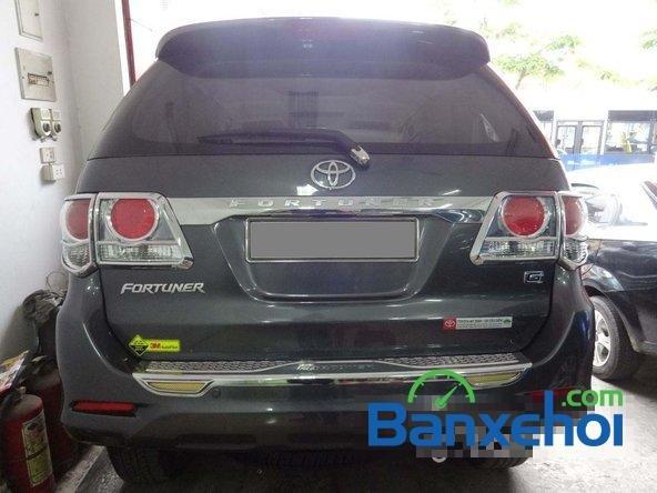 Cần bán Toyota Fortuner 2.5G đời 2013, màu xám số sàn, giá 890Tr-3