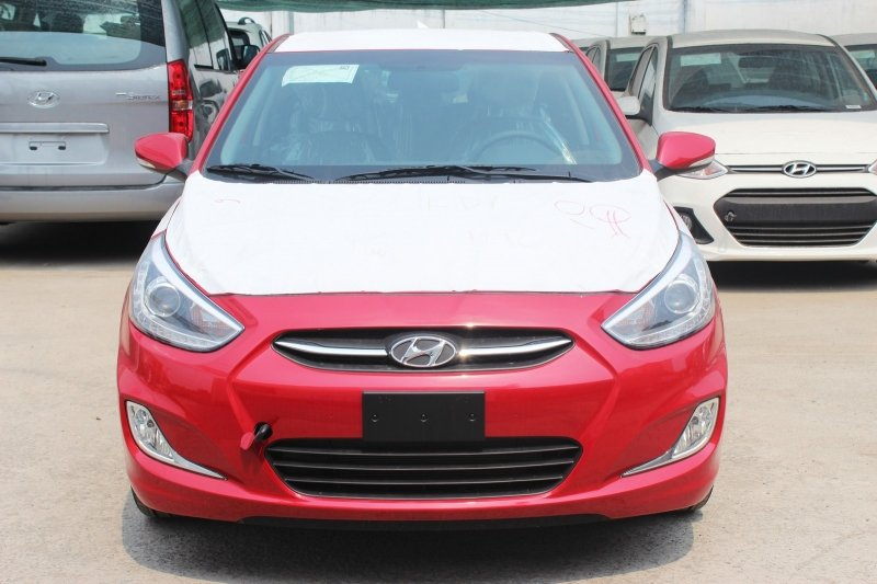 Bán xe Hyundai Accent 1.4 5 cửa 2015 mới tại TP HCM giá 569 Triệu-1
