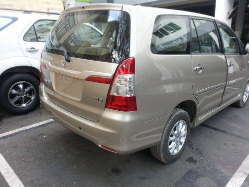 Bán xe Toyota Innova 2.0 E 2014 2014 mới tại TP HCM giá 710 Triệu-4