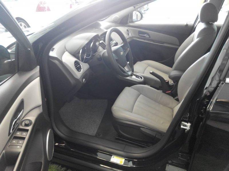 Bán xe Chevrolet Cruze LTZ 2015 mới tại TP HCM giá 622 Triệu-3