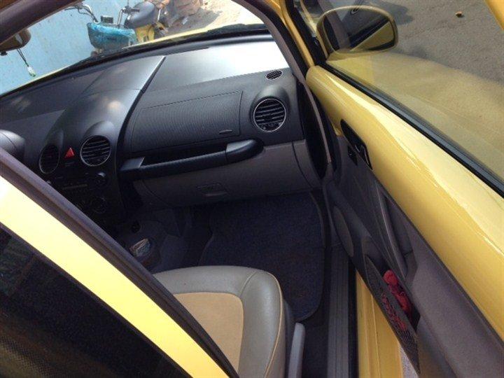 Bán xe Volkswagen Beetle  2011 cũ tại TP HCM giá 820 Triệu-3