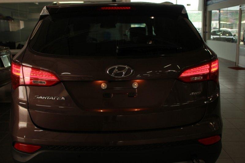 Bán xe Hyundai Santa Fe  2014 mới tại TP HCM giá 1 Tỷ 398 Triệu-3