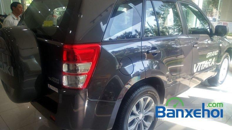 Bán Suzuki Grand vitara SUV 4WD máy xăng, nhập khẩu nguyên chiếc từ Nhật Bản 2014-7
