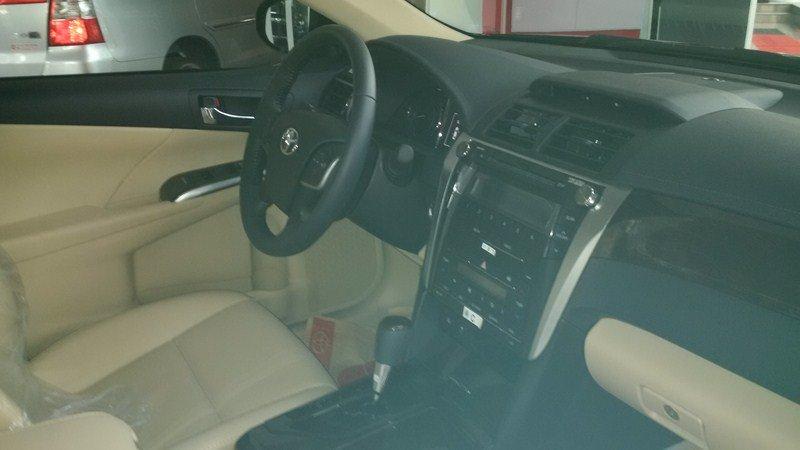 Bán ô tô Toyota Camry 2.0E đời 2015, màu đen-6