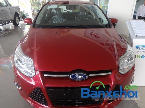 Bán ô tô Ford Focus đời 2014, màu đỏ giá 828 triệu-0