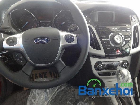 Bán ô tô Ford Focus đời 2014, màu đỏ giá 828 triệu-6