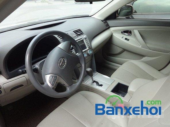 Salon Auto Quốc Toản cần bán gấp Toyota Camry LE sản xuất 2008, giá chỉ 768 triệu-6
