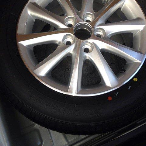 Cần bán Toyota Camry 2.4 đời 2010, màu bạc còn mới-2