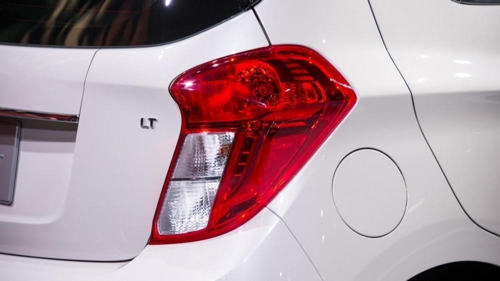 Đánh giá đuôi xe Chevrolet Spark 2016