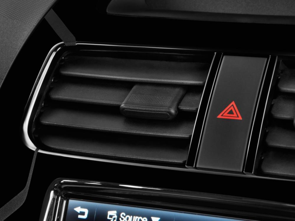 Đánh giá tiện nghi xe Chevrolet Spark 2016