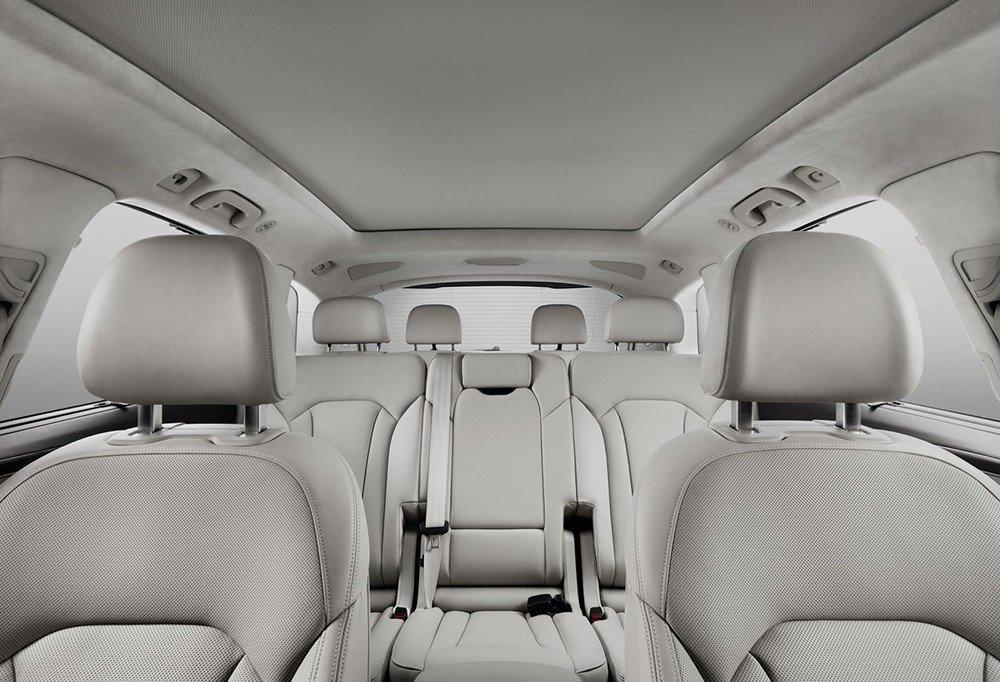 Các ghế ngồi của Audi Q7 2016.