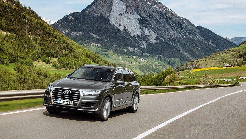 Các chuyên gia đánh giá xe Audi Q7 2016 nhận định đây là mẫu SUV đẳng cấp của Audi.