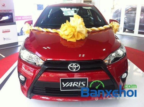 Cần bán xe Toyota Yaris 1.3E đời 2015, màu đỏ - Hỗ trợ vay mua xe trả góp-0