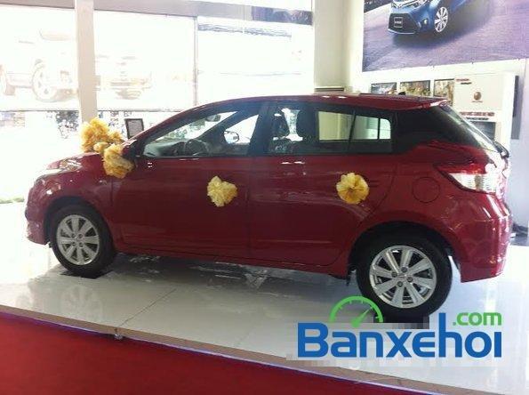 Cần bán xe Toyota Yaris 1.3E đời 2015, màu đỏ - Hỗ trợ vay mua xe trả góp-1