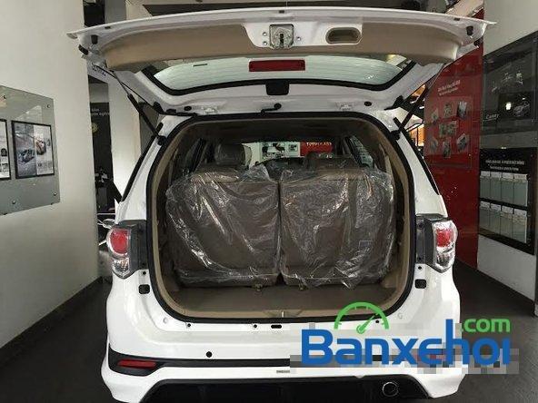 Bán xe Toyota Fortuner 2.7V năm 2015, màu trắng giá 1,019 tỉ-4