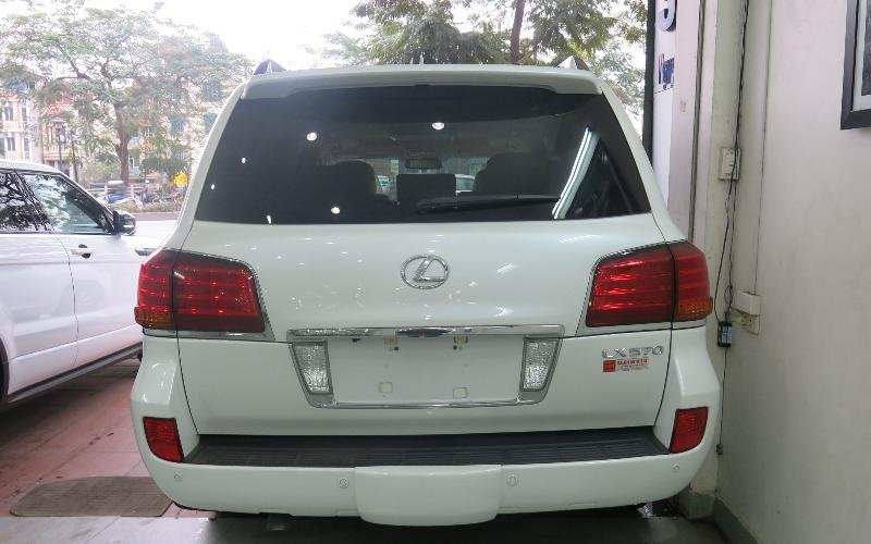 Bán xe Lexus LX 570 đời 2011, màu trắng, nhập khẩu  -5
