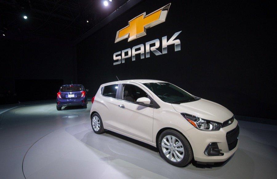Đánh giá xe Chevrolet Spark 2016