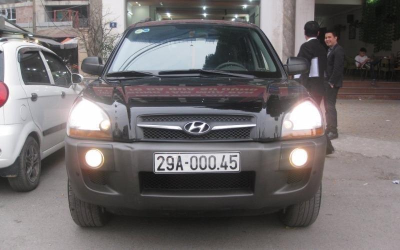 Hyundai Tucson 4WD đời 2010, màu đen, nhập khẩu chính hãng, 555 triệu-0