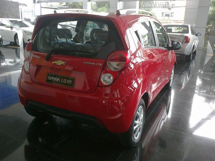 Cần bán Chevrolet Spark đời 2014, màu đỏ-7
