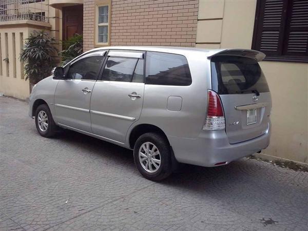 Bán ô tô Toyota Innova đời 2008, màu bạc xe gia đình -4