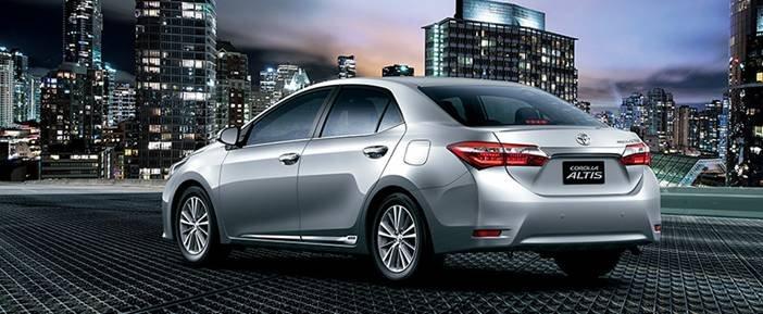 Cần bán Toyota Corolla altis 2014, nhập khẩu chính hãng -2